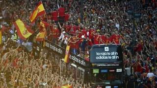 Euro 2012 : Madrid fête le retour de l'équipe d'Espagne de football