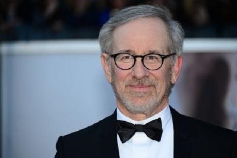 Steven Spielberg adaptera bientôt Micro
