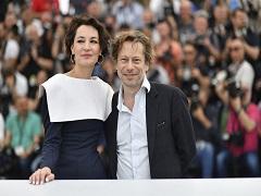 Jeanne Balibar et Mathieu Amalric à la Croisette pour le film « Barbara » © Alberto PIZZOLI /AFP