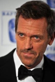Retrouvez Hugh Laurie dans la bande-annonce de « The Oranges »