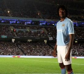 Emmanuel Adebayor pourrait rejoindre définitivement le club de Tottenham