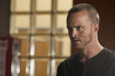 Aaron Paul rejoint l'acteur Pierce Brosnan pour « Long Way Down »