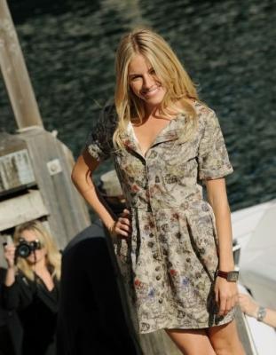 Sienna Miller : l'actrice sous la direction de Benneth Miller