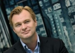 Christopher Nolan se met à l'écriture pour The Keys of the Street