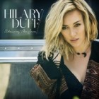 Hilary Duff revient avec le single Chasing the Sun