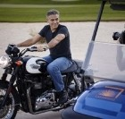 Omega : George Clooney pose pour la montre Speedmaster'57