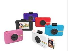 Snap Touch, un appareil photo numerique et instantane cree par Polaroid
