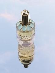 Girl of Now, un nouveau parfum pour femme cree par la maison Elie Saab