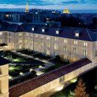 Balenciaga a accueilli une exposition de la collection Pinault