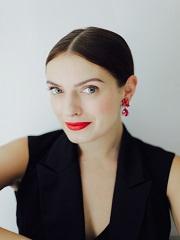Josephine Bouchereau, elue premiere make up artist France de Bourjois