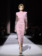 Tom Ford, le createur inaugure la Fashion Week de New York avec un defile