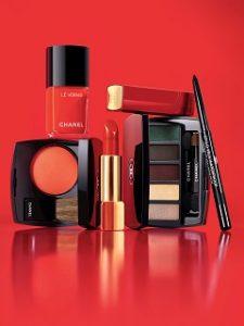 Chanel lance Numeros Rouges, une collection de maquillage axee sur le rouge