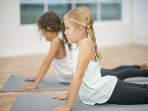 Yoga Festival, la meditation proposee aux enfants durant la 5e edition a Paris