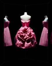 Exposition Christian Dior au musee des Arts decoratifs a Paris