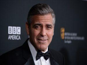 George Clooney dans Catch 22, une serie adaptee du roman de Joseph Heller