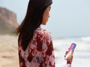 iPhone X, smartphone d Apple dote d un ecran bord a bord et de Face ID