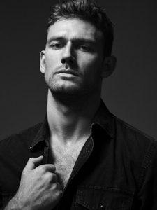 Diesel s associe a Alex Pettyfer, l acteur represente le parfum Only The Brave