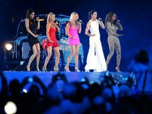Spice Girls, le groupe de Victoria Beckham revient avec une nouvelle compilation