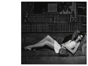 Chanel et Kaia Gerber, la maison francaise sollicite la mannequin pour des sacs