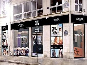 L Oreal Paris a ouvert un salon de coiffure ephemere baptise Stylista Hair Bar