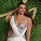 Irina Shayk conçoit une ligne vestimentaire pour Ellen Tracy