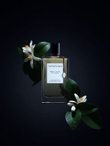 Neroli Amara, parfum feminin floral de Van Cleef et Arpels, maison de joaillerie