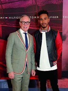 Lewis Hamilton et Tommy Hilfiger, le pilote automobile devient ambassadeur