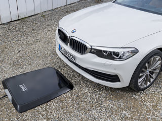 GroundPad, systeme de charge par induction de BMW pour voitures electriques