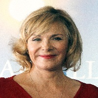 Tell Me a Story avec Kim Cattrall : la serie sera diffuse sur CBS