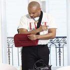 Shayne Oliver s'associe à Longchamp pour la création de nouveaux produits