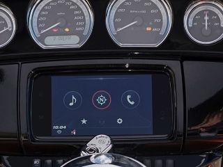Boom Box GTS, systeme d info divertissement de Harley Davidson pour iPhone