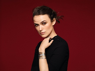 Chanel : Keira Knightley incarne la collection Coco Crush de la marque francaise