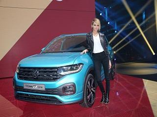 Volkswagen T Cross : Cara Delevingne lance le SUV urbain de la marque allemande