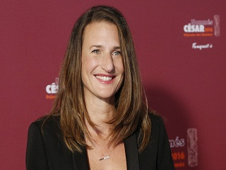 Fleabag : Camille Cottin dans le remake de la serie pour Canal Plus