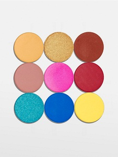 Kylie Cosmetics offre Pro Palette, le maquillage de la marque signe Kylie Jenner
