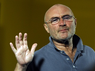 Still Not Deat Yet : Phil Collins, le chanteur en concert au Groupama Stadium