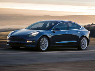 Voiture Tesla Model 3 Performance, un mode de conduite Track Mode inclus