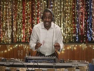 Turn Up Charlie : Idris Elba au casting de cette serie de 8 episodes