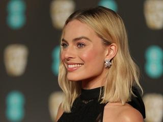 Margot Robbie : l actrice australienne incarnera la poupee Barbie au cinema