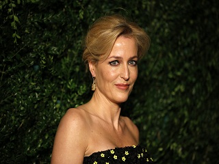 The Crown, Gillian Anderson dans la saison 4 de la serie de Peter Morgan