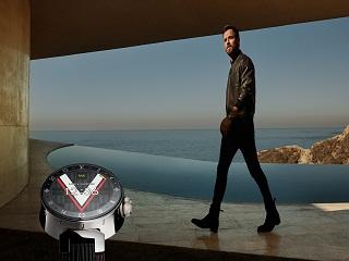 Louis Vuitton Tambour Horizon : Justin Theroux dans la campagne de pub de la smartwatch