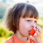 Asthme: comment la vitamine D peut-elle aider les enfants asthmatiques?