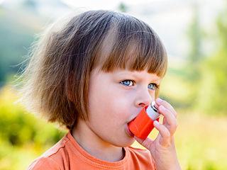 Asthme et vitamine D chez les enfants, etude sur cette maladie respiratoire