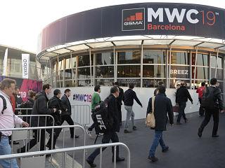 Mobile world congress de Barcelone, des gadgets comme un robot de compagnie