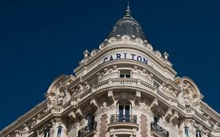 Immobilier a Cannes, investissement dans la renovation des hotels prestigieux