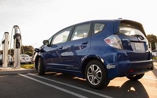 Batteries de voiture, recyclage par Honda sur le reseau d electricite