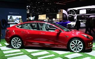 Tesla Model 3, livraisons de la compacte electrique sur le marche europeen