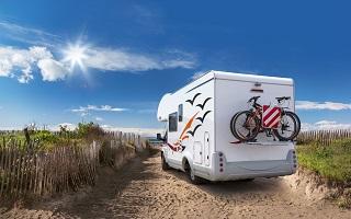 controle technique d un camping car, verification des equipements de securite du vehicule avant les vacances