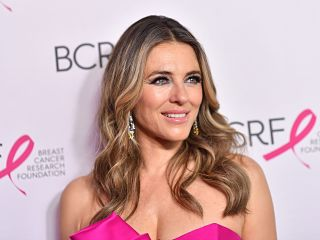 Serie televisee Runaways, Elizabeth Hurley sera la Fee Morgane dans cette production issue de l univers Marvel