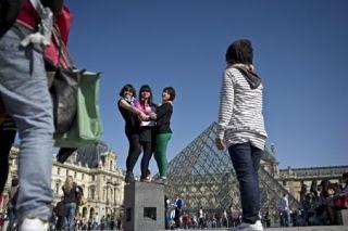 Louvre, musee de la capitale francaise, conserve sa premiere place face aux institutions mondiales selon l indice tea aecom